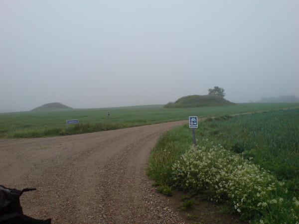 Doppelte Hügelgräber
