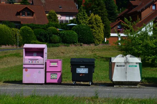 Bild: Mainradweg Fahrrad rosa Container Amelix